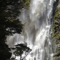 Devil's Punchbowl Waterfall … really close