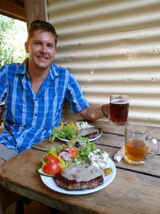 Steak and beer … reward for five days of walking!