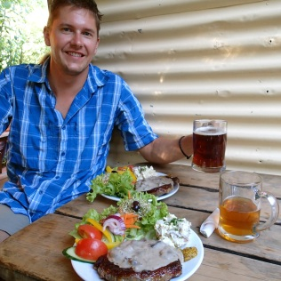 Steak and beer … reward for five days of walking!