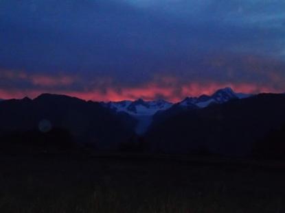first light at Fox glacier at 5:00 am