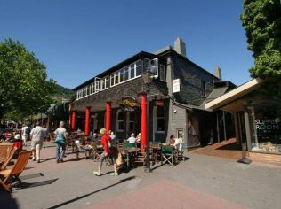 Old man rock cafe … the avocado mash was just devine