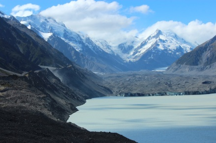 Tasman Glacier Lake - not a single iceberg on the lake. And it was not overly windy either!