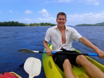 exercise of the day: paddle to a small island :-)
