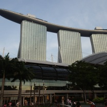 Marina Bay Sands from the front ...
