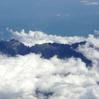 Mount Kotakinabalu from above on the flight back to KL (no power lines up here :-) )